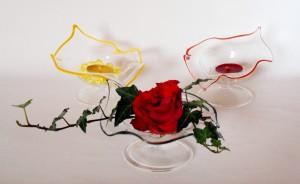 Schale flach mit Rose