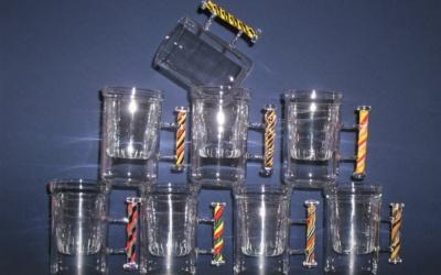 Tee Glas incl. Filter, mit farbigem Henkel / Griff,                  Glas Rührer